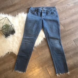 Old Navy Original Skinny Jean Sz 2Short